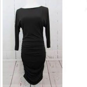 Cache ruched body on dress